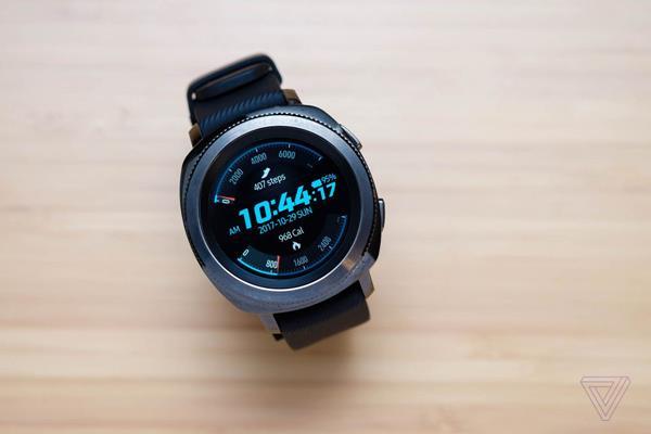 Migliori smartwatch top di gamma: Samsung Gear Sport