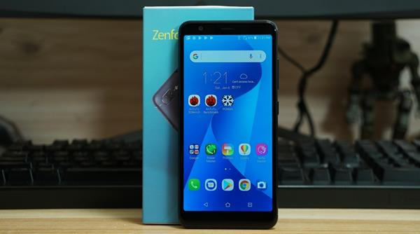 Migliori smartphone scontati su eBay: Asus ZenFone Max Plus