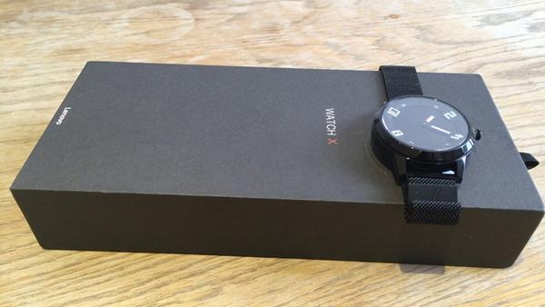 Recensione Lenovo Watch X: Confezione
