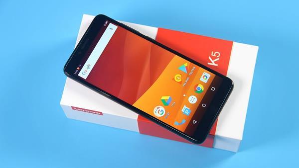 Migliori smartphone scontati su eBay: Lenovo K5 K350T