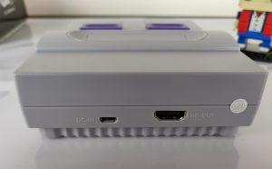 Recensione NES Mini cinese SN-02 - porte retro