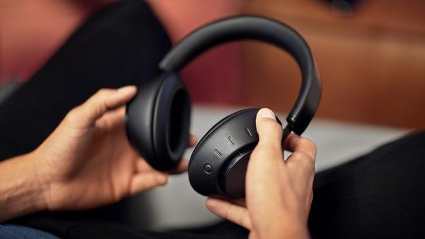 La foto di Dolby Dimension Headphones
