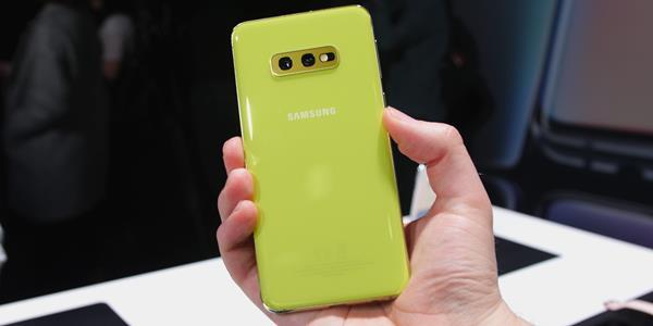 Samsung Galaxe S10e