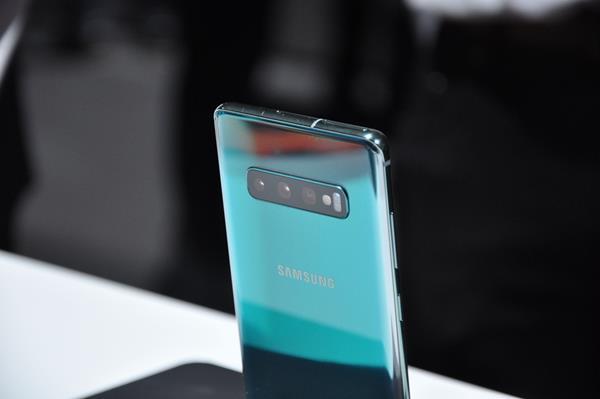 Recensione Samsung Galaxy S10: Batteria