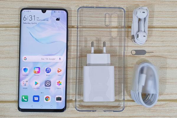 Recensione Huawei P30 Pro: Confezione