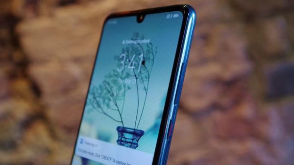Recensione Huawei P30: Design