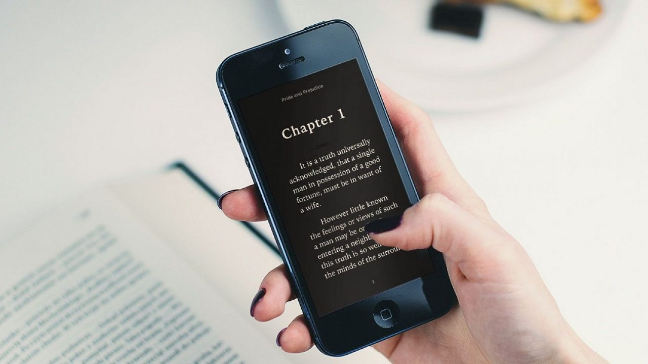 La App è disponibile per tutti i dispositivi con sistema operativo iOS e Android ed è.
