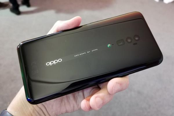 Design Oppo Reno 10x Zoom