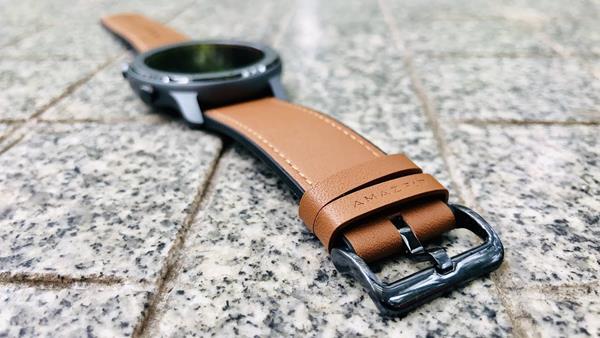 Sostituire cinturini smartwatch