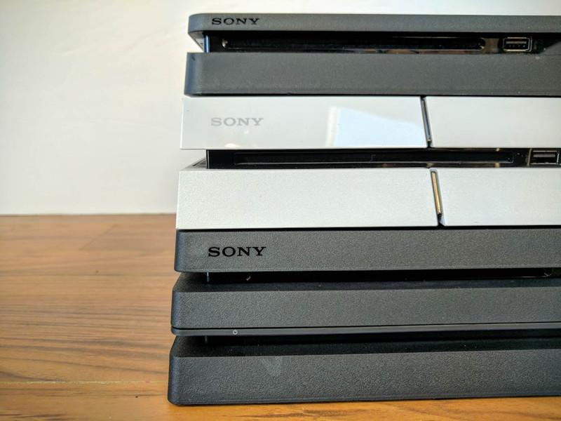 Alcune versioni di PS4
