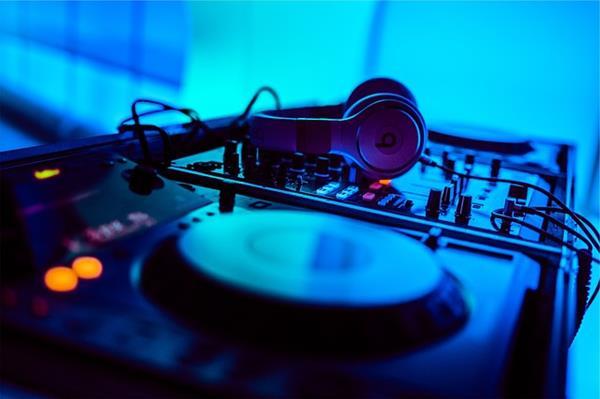 Caratteristiche tecniche delle cuffie per DJ