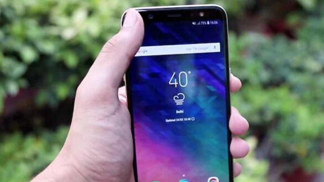 Samsung Galaxy A6 +patch di sicurezza di ottobre