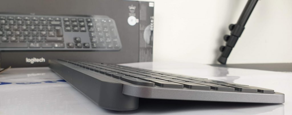 tastiera Logitech MX Keys base in alluminio