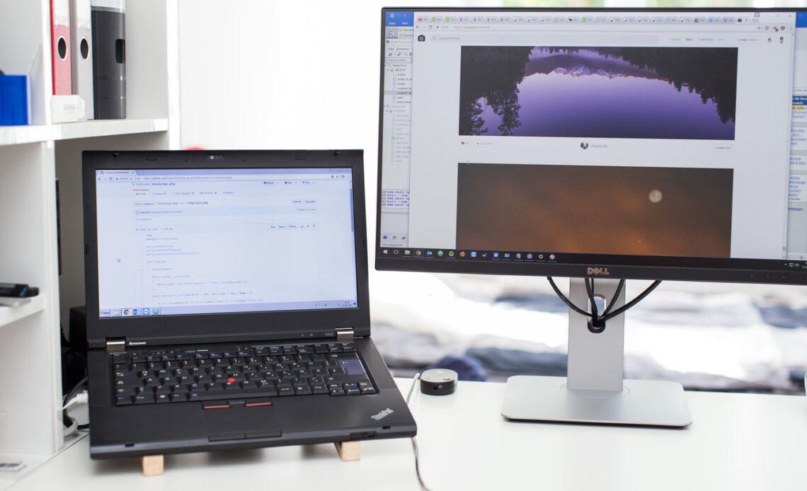 monitor e laptop