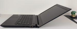 Dynabook Portege A30-E-150 massima apertura cerniere