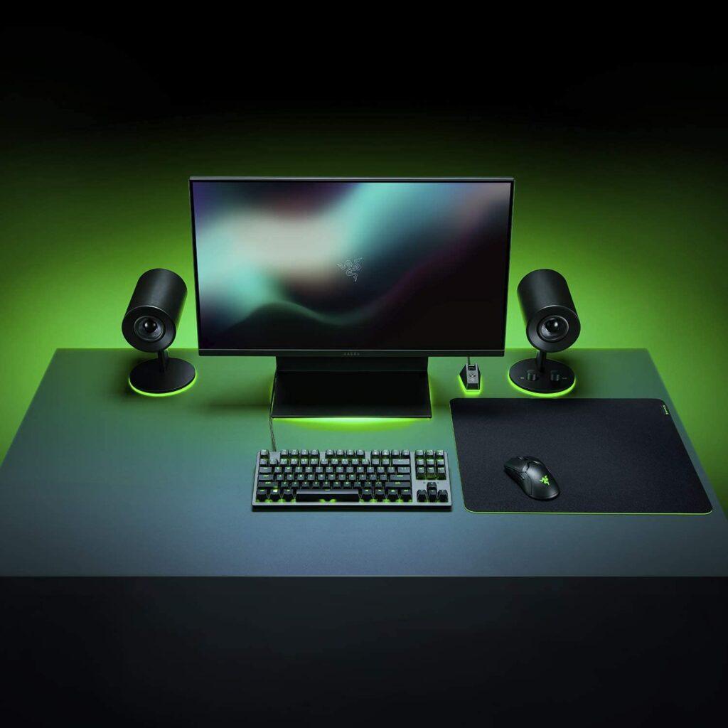 razer gigantus v2 - setup su scrivania