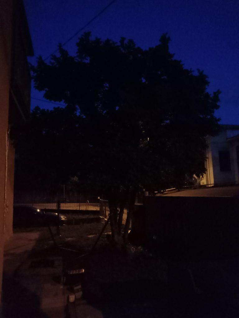 view 4 - fotocamera principale notte 3