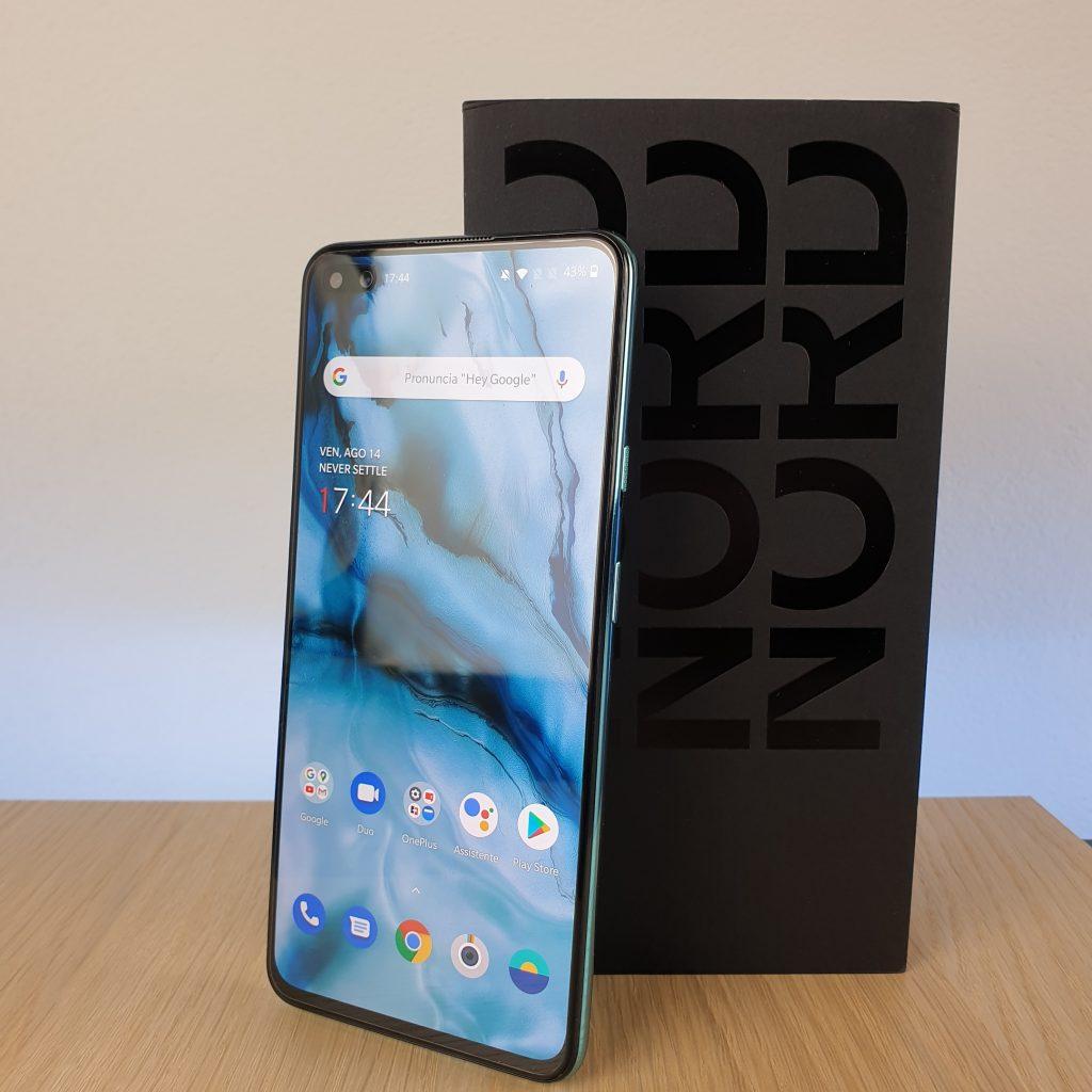 Recensione OnePlus Nord - confezione 1