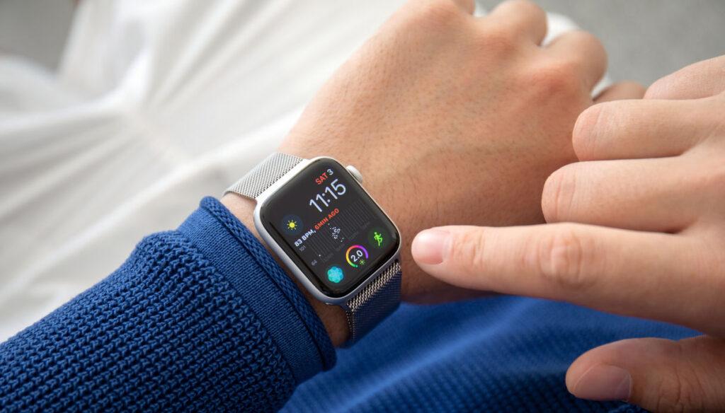 Come interrompere automaticamente l'accensione del tuo Apple Watch