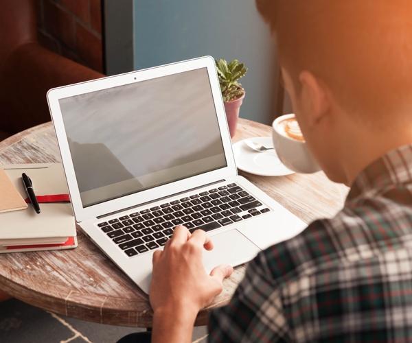10 modi per velocizzare un Mac lento