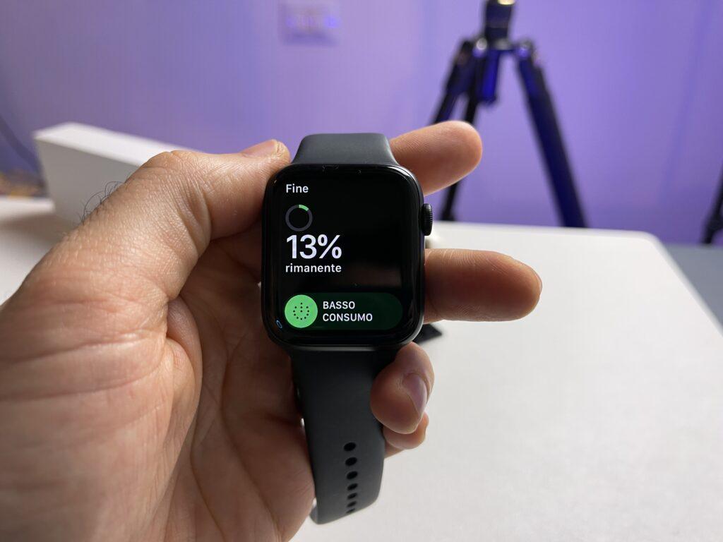 Recensione Apple Watch 6 - contro - batteria