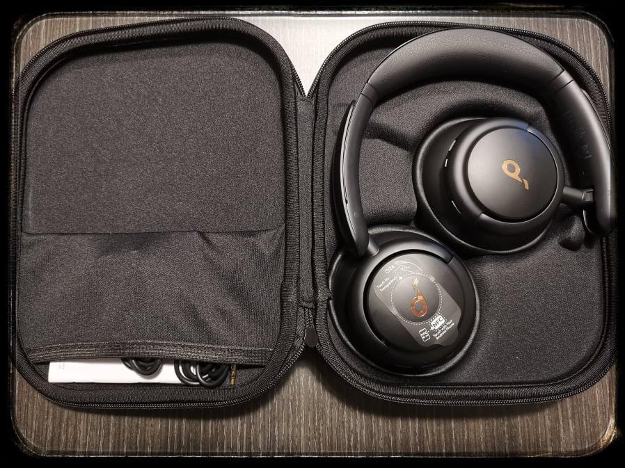 Soundcore Life Q30 confezione