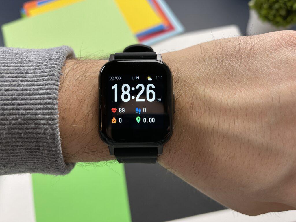 Recensione Smartwatch Aukey LS02 display