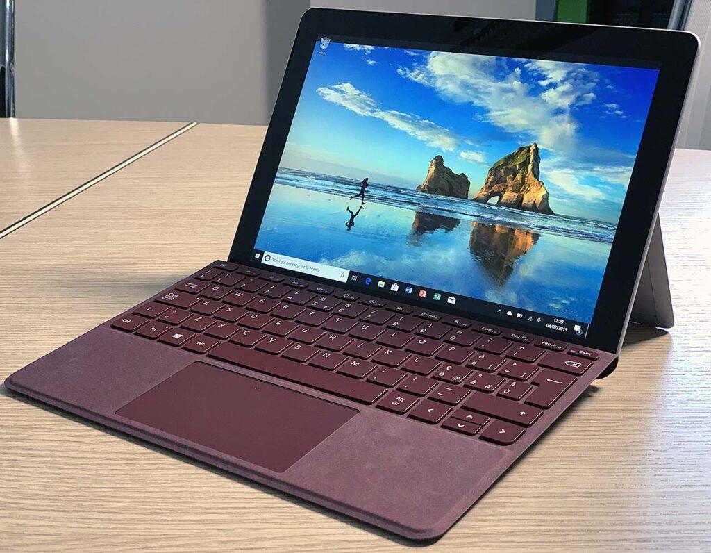 Surface Go di Microsoft
