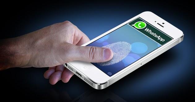 Come utilizzare il blocco delle impronte digitali per proteggere le chat WhatsApp