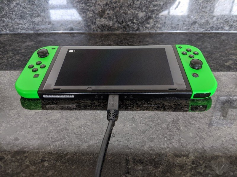 Nuovo caricabatterie Nintendo Switch