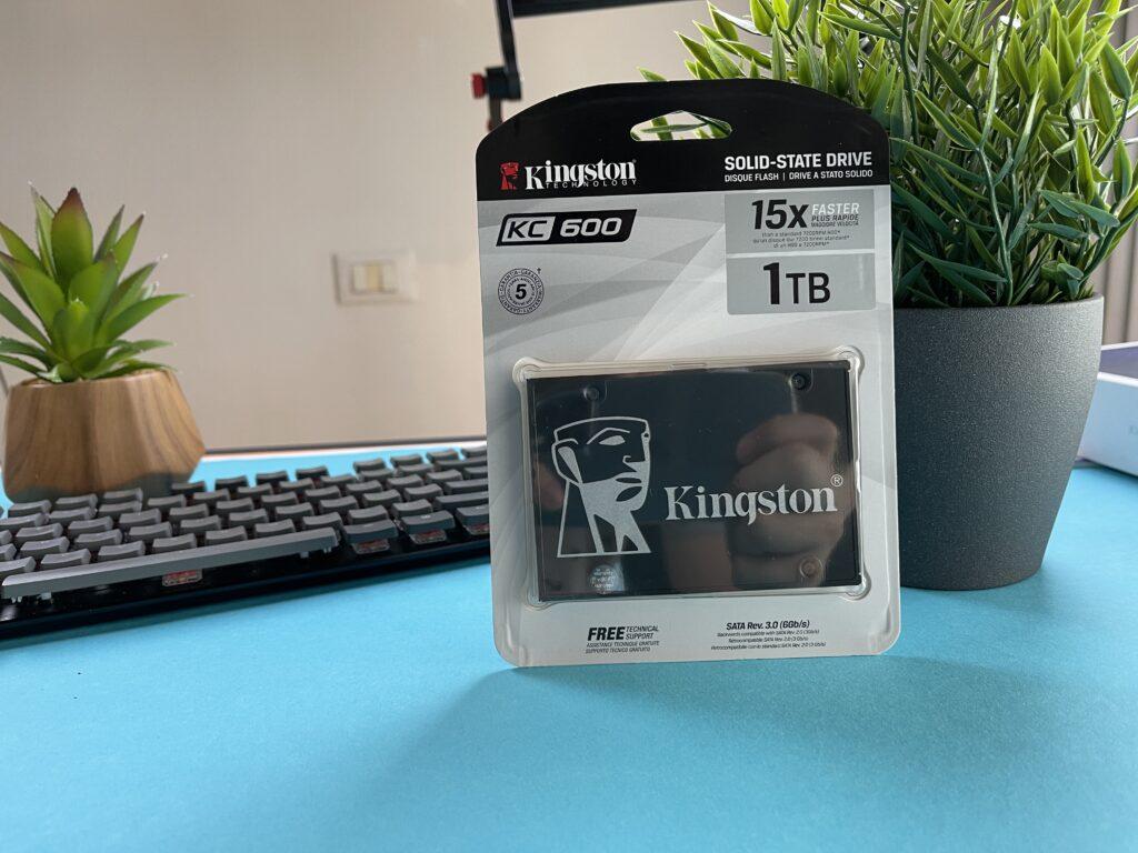 confezione SSD Kingston KC600
