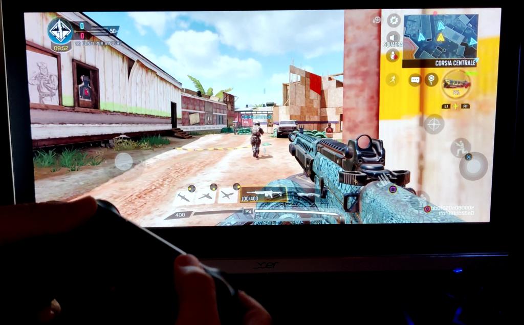 gaming su iphone con controller collegato alla tv