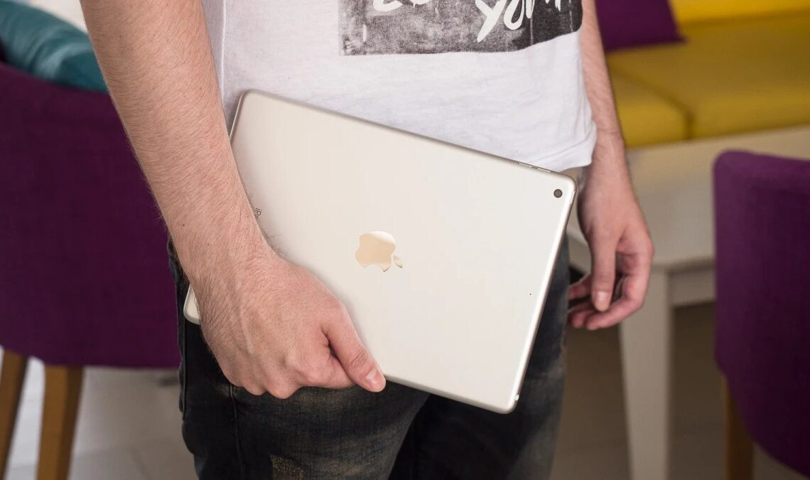 ipad apple iphone 13