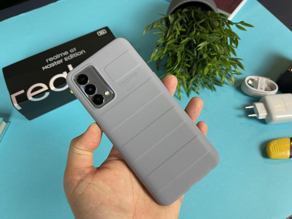 Realme GT Master Edition - sblocco tripla fotocamera con cover