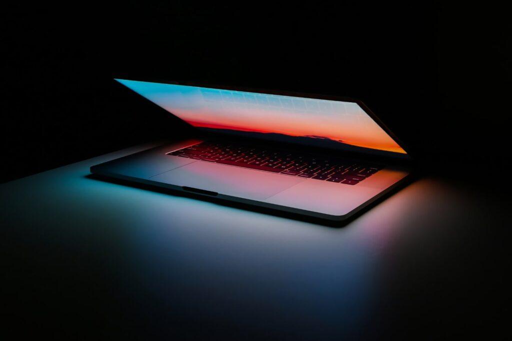 apple macbook unleashed